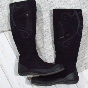 Salomon Black Winter Boots 6.5